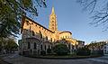 Basilique Saint-Sernin de Toulouse au petit matin.jpg