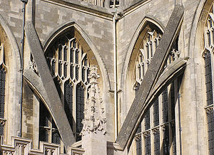 Bath.abbey.flying.buttresses.closeup.arp.jpg