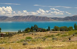 Bear Lake (Idaho–Utah) - The lake's intense turquoise color is due to the presence of suspended limestone