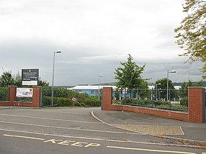 Bedminster Down School - Main entrance on Donald Road