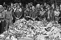 Begrafenis lid van Hells Angels op Nieuwe Oosterbegraafplaats in Amsterdam, Bestanddeelnr 927-2851.jpg