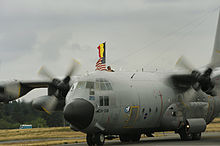 Opération militaire Francaise: La Baaille de KOLWEZI 220px-Belgian_C-130_aircraft_arrives_at_McChord