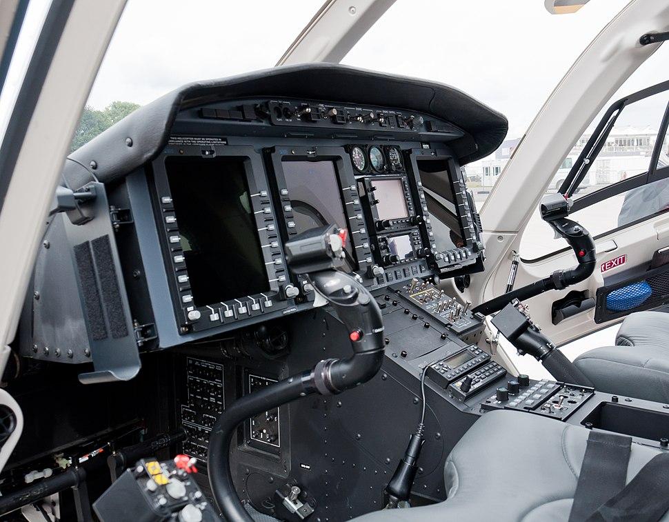 Bell 429 GlobalRanger C-FTNB cockpit 1