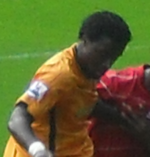 Bernard Mendy Hull City v. Aberdeen 1.png