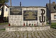 Bielany Pomnik Armii Krajowej 001
