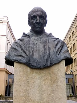 Bilbao - Universidad de Deusto, Monumento a Pedro Arrupe.jpg