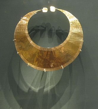 Blessington - Gold lunula (2400 BCE - 2000 BCE) found in Blessington and now in the British Museum