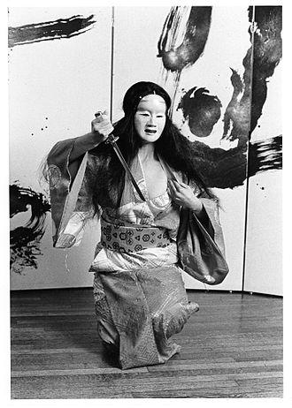 Brenda Wong Aoki - Brenda-Wong-Aoki-noh-gaku