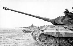 Sd.Kfz. 182 Panzer VI ausf B Tiger II Porsche Turret 250px-Bundesarchiv_Bild_101I-721-0397-29%2C_Frankreich%2C_Panzer_VI_%28Tiger_II%2C_K%C3%B6nigstiger%29
