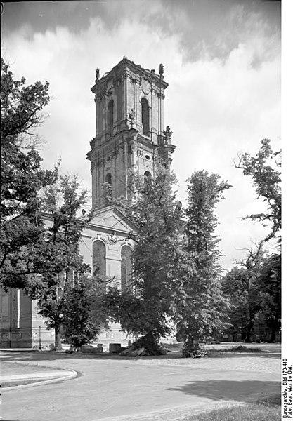 File:Bundesarchiv Bild 170-410, Potsdam, Garnisonkirche.jpg