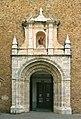 Céret Église Saint-Pierre portail.jpg