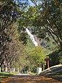 Cachoeira dos Pretos, encravada nas montanhas da serra da Mantiqueira na cidade de Joanópolis SP. Divisa com Minas Gerais (Monte Verde) é uma boa opção. É na cachoeira que se encontra a nascente do rio Pira - panoramio.jpg