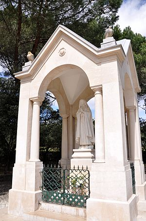 Sanctuary of Fátima - Statue dedicated to the apparition of Our Lady which occurred exceptionally in Valinhos, near Fátima, Portugal.