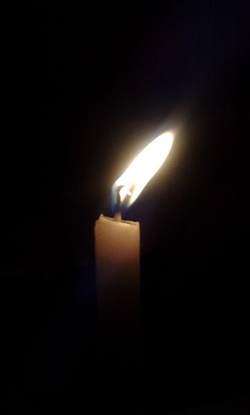 File:Candle001.jpg