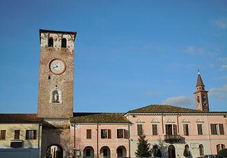 Canneto sull'Oglio - Piazza Matteotti.