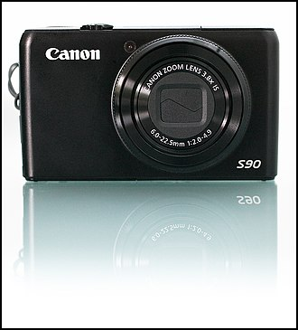 Canon PowerShot S90 - Image: Canon s 90 front