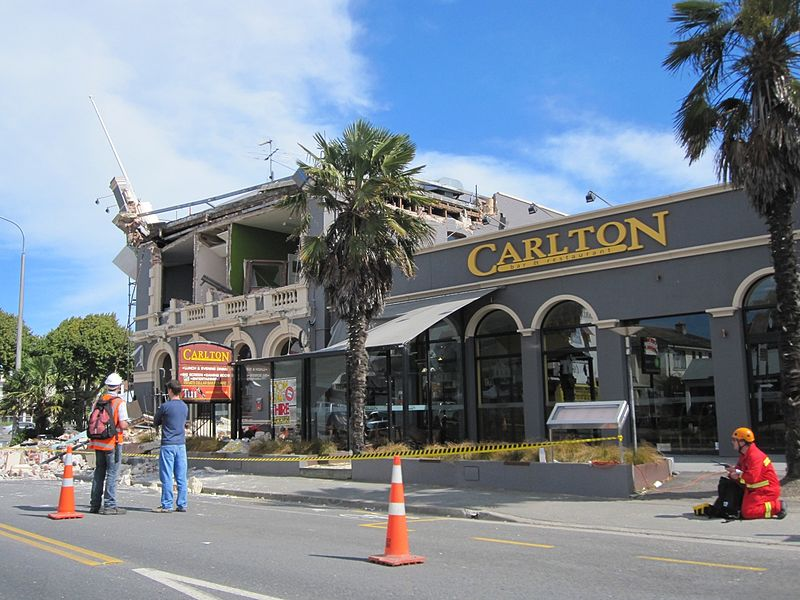File:Carlton Hotel, Bealey Ave.jpg
