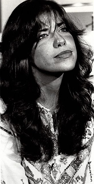 Carly Simon - Simon in a 1971 photo promoting an appearance on PBS's Great American Dream Machine