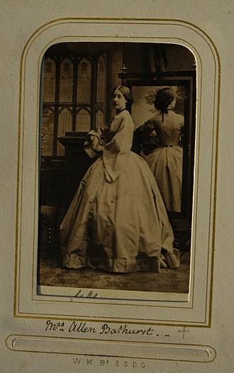 Allen Bathurst, 6th Earl Bathurst - Carte de visite of Mrs Allen Bathurst (1839-1872).