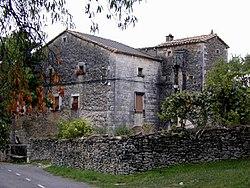 Casa Carruesco.jpg