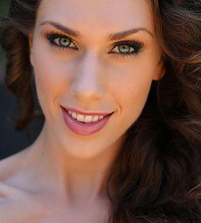 Cassandra Bankson model