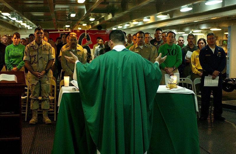 Файл:Catholic Mass aboard USS Ronald Reagan.jpg