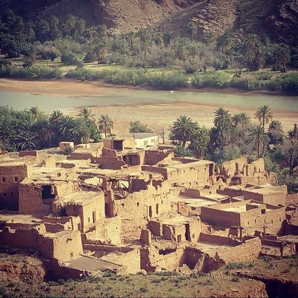 File:Château de BNI YATTI ( Bouanane, Maroc).jpg
