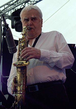 Charlie Mariano - Mariano at a 2003 concert
