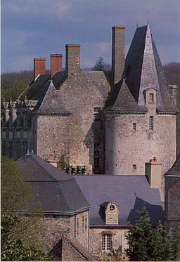 Chateau53Ste-Suzanne.JPG