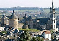 ChateauEgliseSilleGuillaume01.jpg
