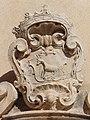 Chiesa di S. Eustachio (Tocco da Casauria) - Stemma sull'architrave.jpg