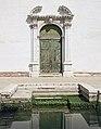 Chiesa di Santa Teresa - Venezia - Portale sul rio delle Terese.jpg