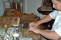 Cigar maker 04.jpg