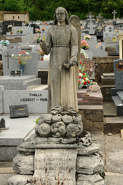 Tombeau Famille Barthelemy au cimetière d'Ottange.
