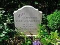 Clementine Edle von Schuch - Friedhof Lichterfelde.JPG
