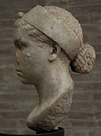 Cleopatra VII, Marble, 40-30 BC, Vatican Museums 003.jpg