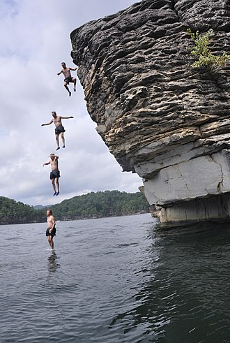 Deep-water soloing - Image: Climbing at Summersville Lake 06