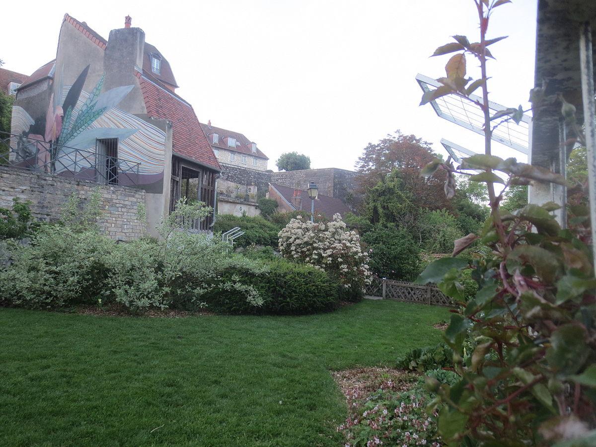 Clos barbisier wikip dia - Petit jardin public lettres besancon ...