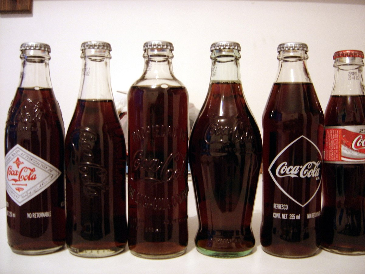 Dating glass soda bottles