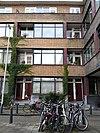 foto van Complex Ungerplein: bouwblok met maisonettewoningen