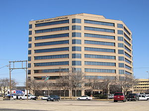 Midland County, Texas - Image: Courthouse, Midland County, Midland, TX, 03 09 2011 (1)