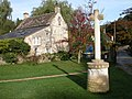 Cross in Avening churchyard - geograph.org.uk - 269646.jpg
