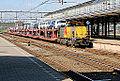 """DBS 6455 """"Klaas Abel"""" met Pon-trein, Amersfoort (14995199487).jpg"""