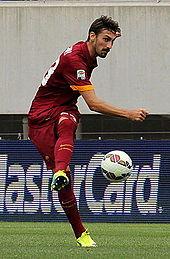 Astori con la maglia della Roma nel 2014
