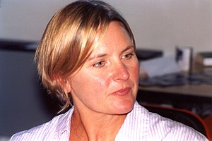 Parallels (Star Trek: The Next Generation) - Image: Denise Crosby STIC Con 2003