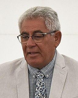 Derek Fox (broadcaster)