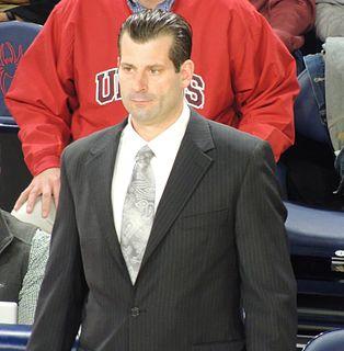 Derek Kellogg American basketball player-coach