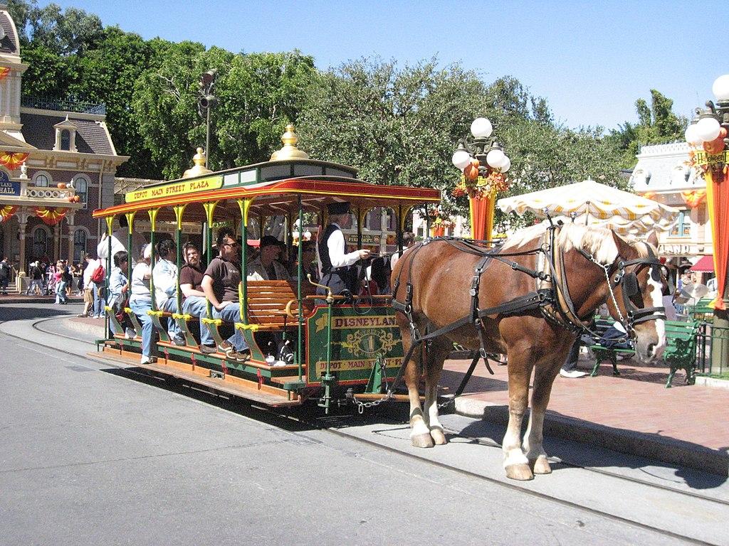 1024px-Disneyland-HorseDrawnStreetcar.jp