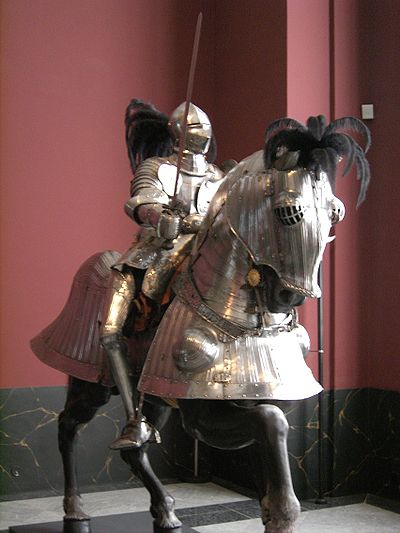A sixteenth-century knight with a horse in full barding Dresden-Zwinger-Armoury-Armor.02.JPG
