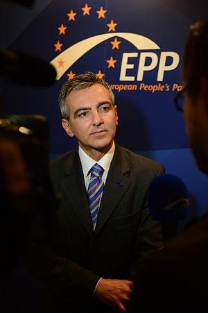 Simon Busuttil - Busuttil at a December 2013 EPP Summit